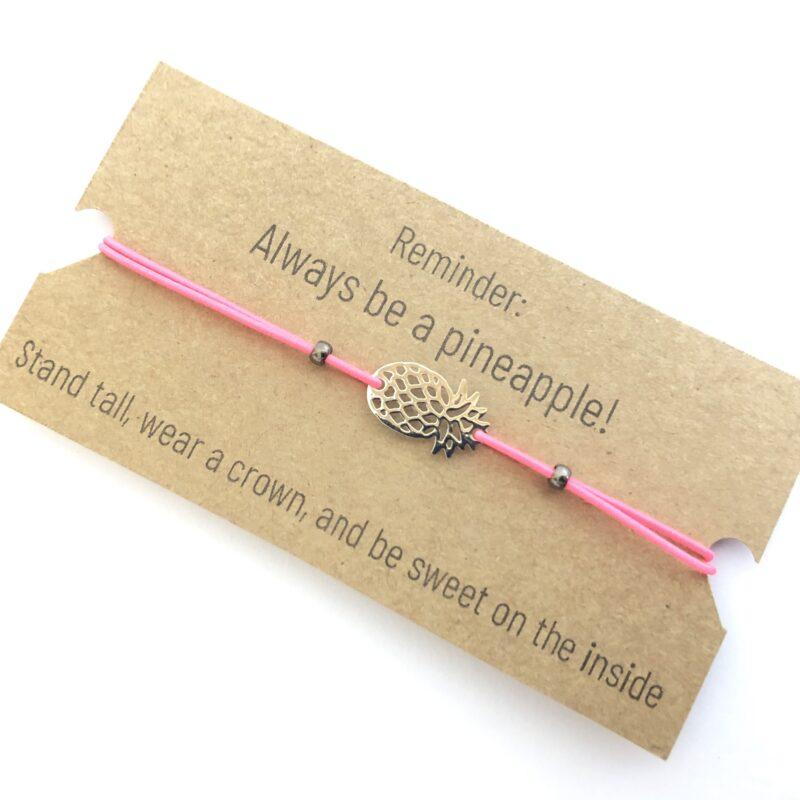 Pakketje Blijheid - cadeautjes door de brievenbus - armbandje ananas